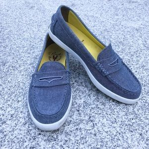 Cole Haan Loafer   Weekender Pinch size 6.5